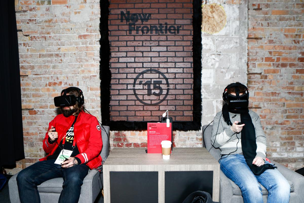 辛丹斯電影節 2015 亦有 揉合 VR 技術播映的項目,名為 The Frontier。圖片來源:辛丹斯電影節官網