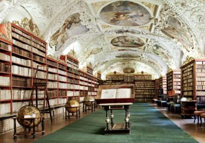 圖書館之都:捷克。