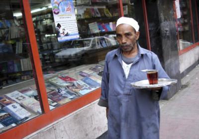 開羅的「送茶員」(Tea Courier Man)。 圖片來源:iStock