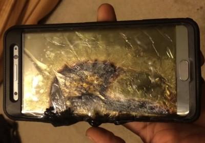 電池着火焚燒後的三星 Galaxy Note 7 圖片來源: Ariel Gonzalez / YouTube