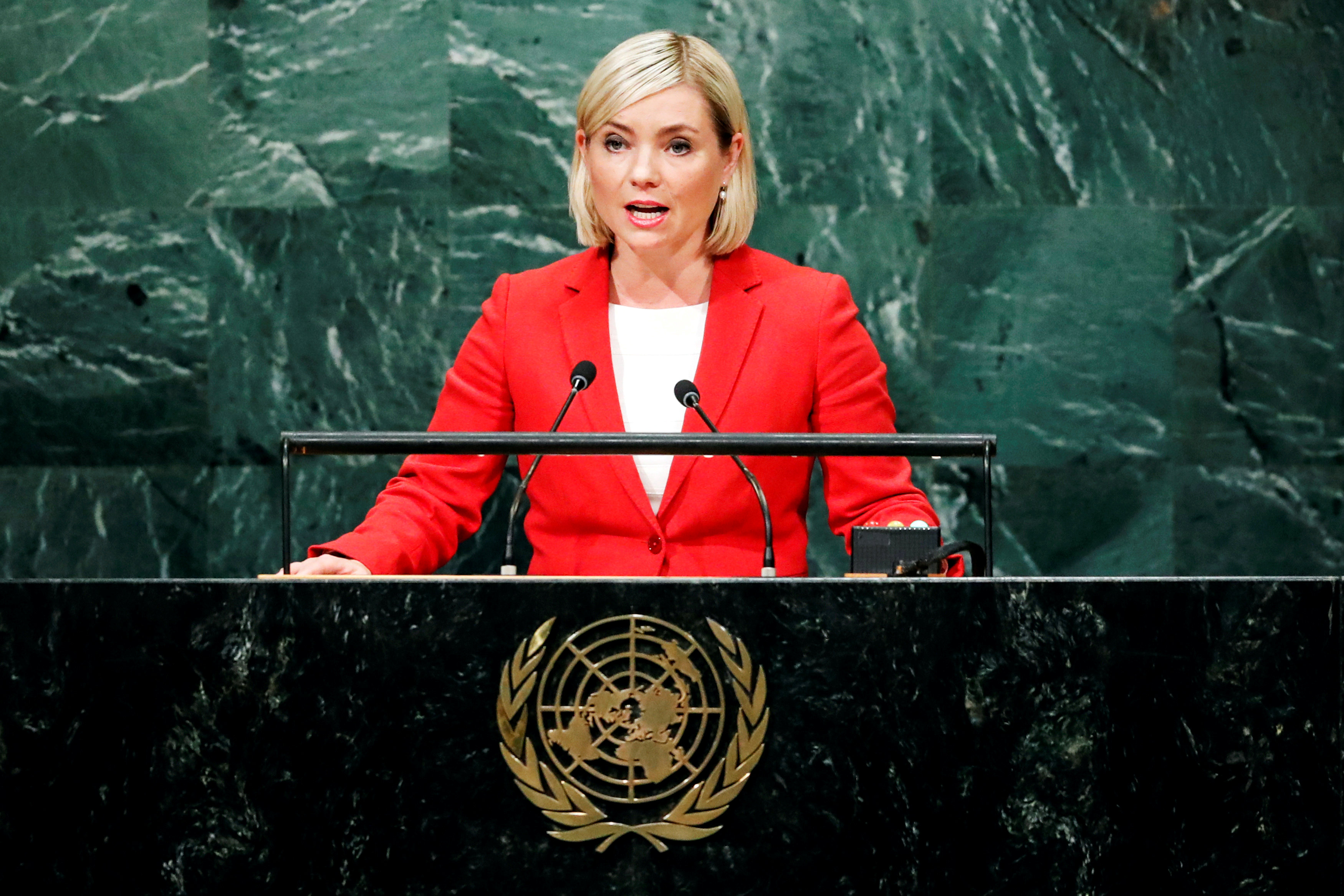 冰島現時的外交部長--Lilja Alfredsdottir 。圖片來源:路透社。