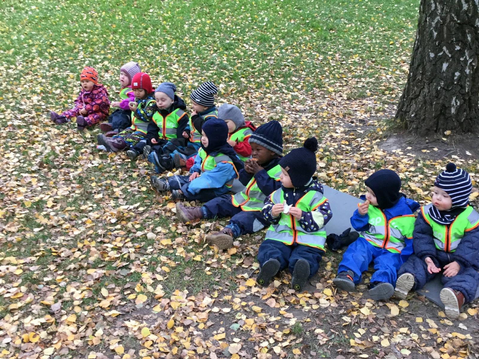 大部分挪威兒童一歲就開始上全日制幼稚園,無縫接替父母在一年產假過後照顧幼兒。