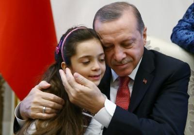 土耳其收量不少敍利亞難民,但本身亦輸出大量「聖戰分子」及軍火予恐怖組織。 圖片來源:路透社
