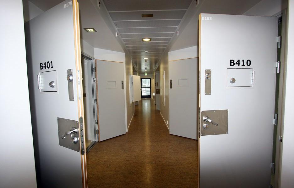囚室外的走廊 圖片來源:Teknisk Ukeblad