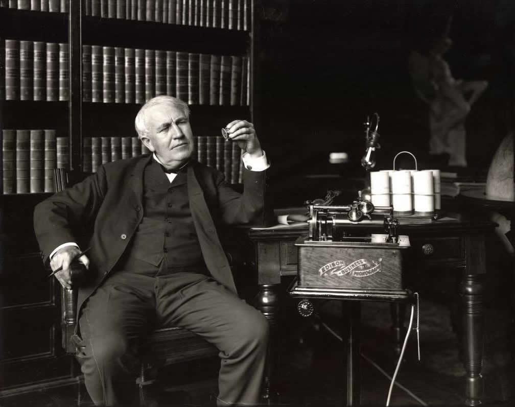 愛迪生(Thomas Alva Edison) 圖片來源:palomanavarreteoficial.com