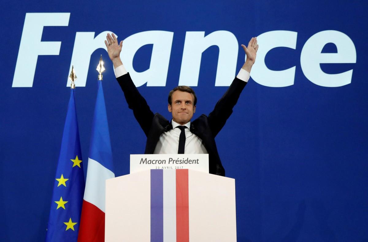 有民調指,次輪投票馬克宏將以六成得票率擊敗馬琳勒龐,當選法國總統。 圖片來源:路透社