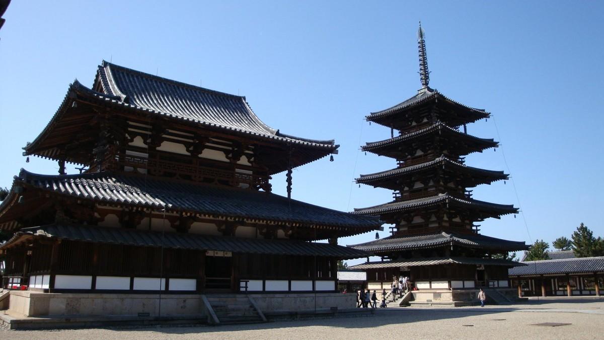 日本木造建築典範法隆寺,出自千年字號金剛組之手。 圖片來源:find-travel.jp/