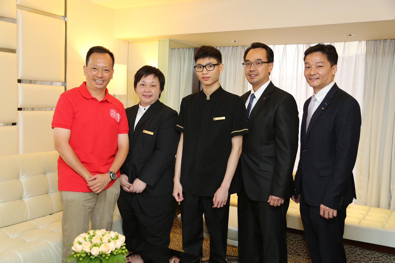 富豪九龍酒店參與救世軍和國際扶輪 3450 地區合辦的「扶輪青年師徒計劃」。