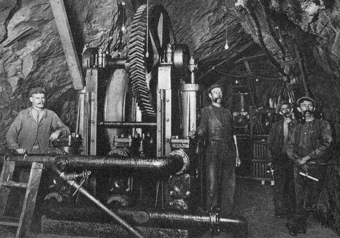 在 Witwatersrand 的Robinson Deep 金礦場。 圖片來源:Mining Artifacts