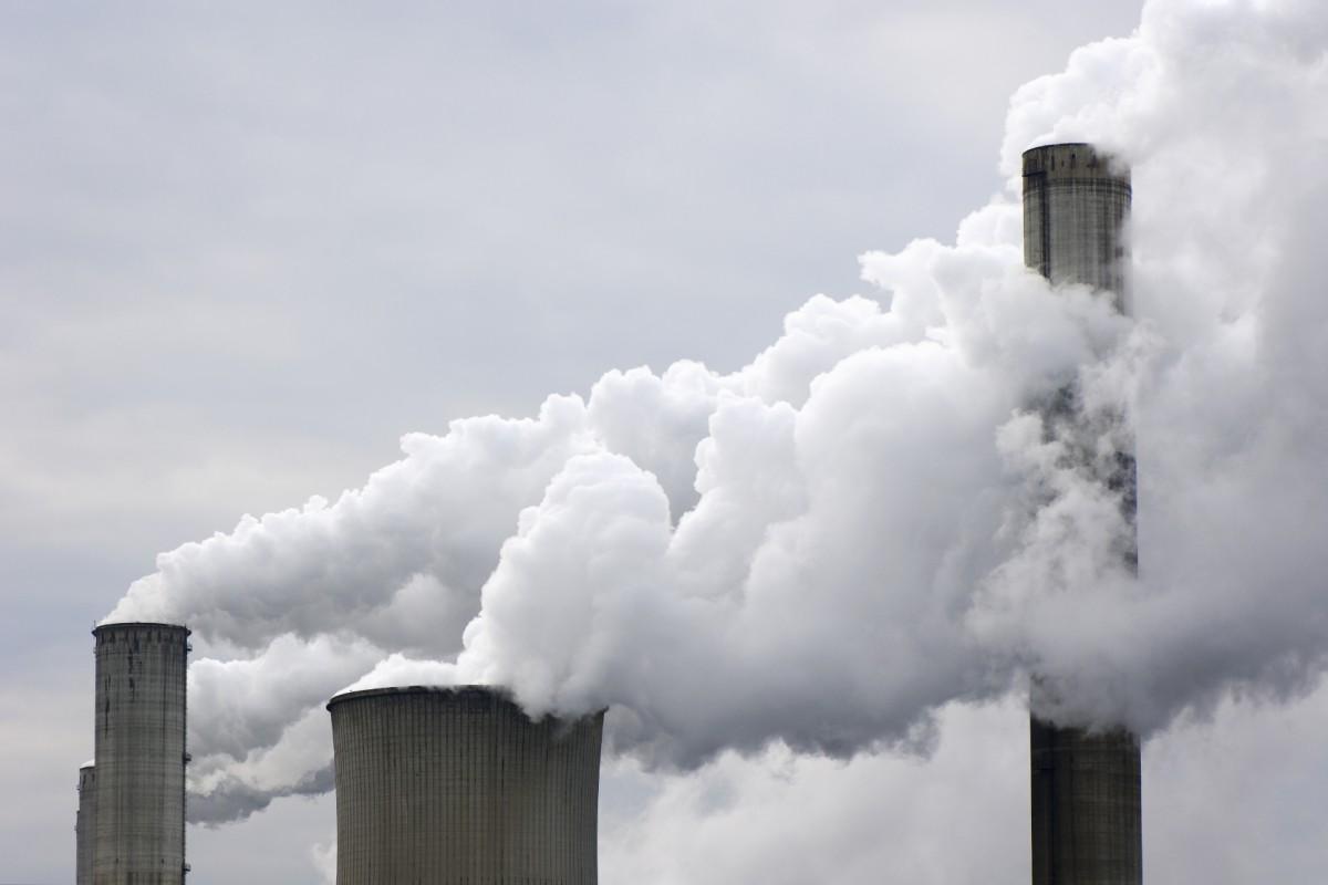 科學家將二氧化碳轉化為發電資源,以碳減碳解救全球暖化。 圖片來源:iStock