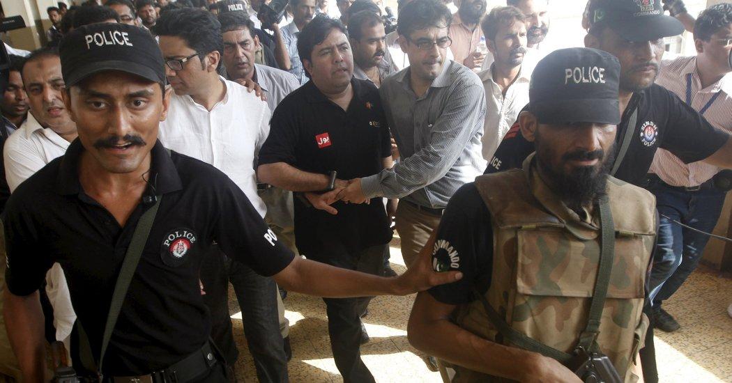 巴基斯坦軟件公司 Axact 去年被揭出售虛假文憑,負責人 Shaikh 涉嫌欺詐等罪被捕。 圖片來源:路透社