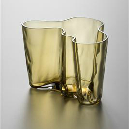 Savoy 花瓶 圖片來源:芬蘭設計博物館