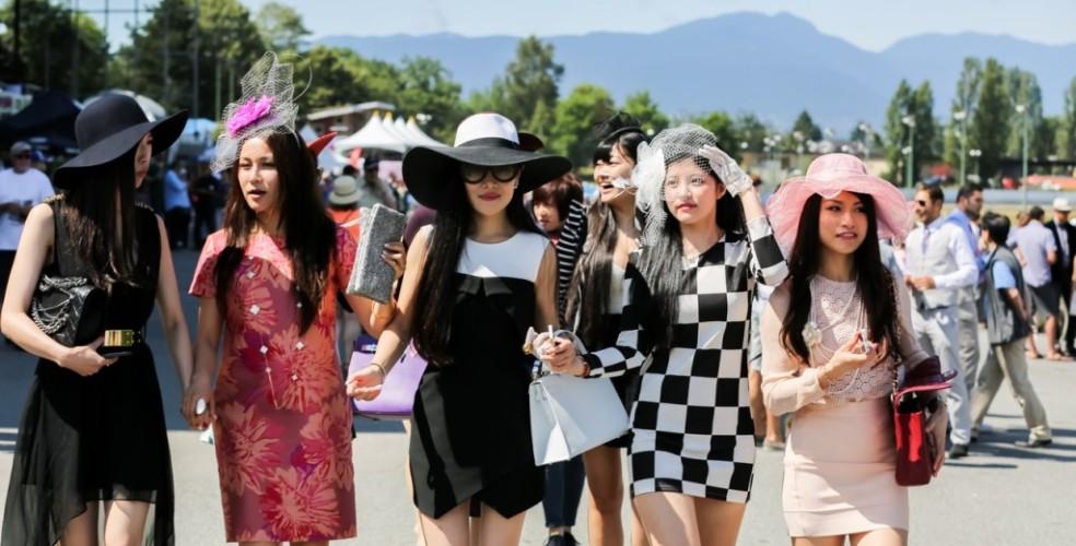 溫哥華電視節目「公主我最大」(Ultra Rich Asian Girls)真人騷取材自當地華裔富二代,其炫富奢華生活引起部分加拿大人反感。 圖片來源:Ultra Rich Asian Girls
