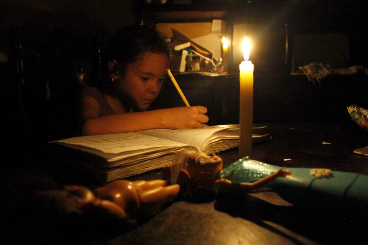 斷電已成委國新常態。 圖片來源:路透社
