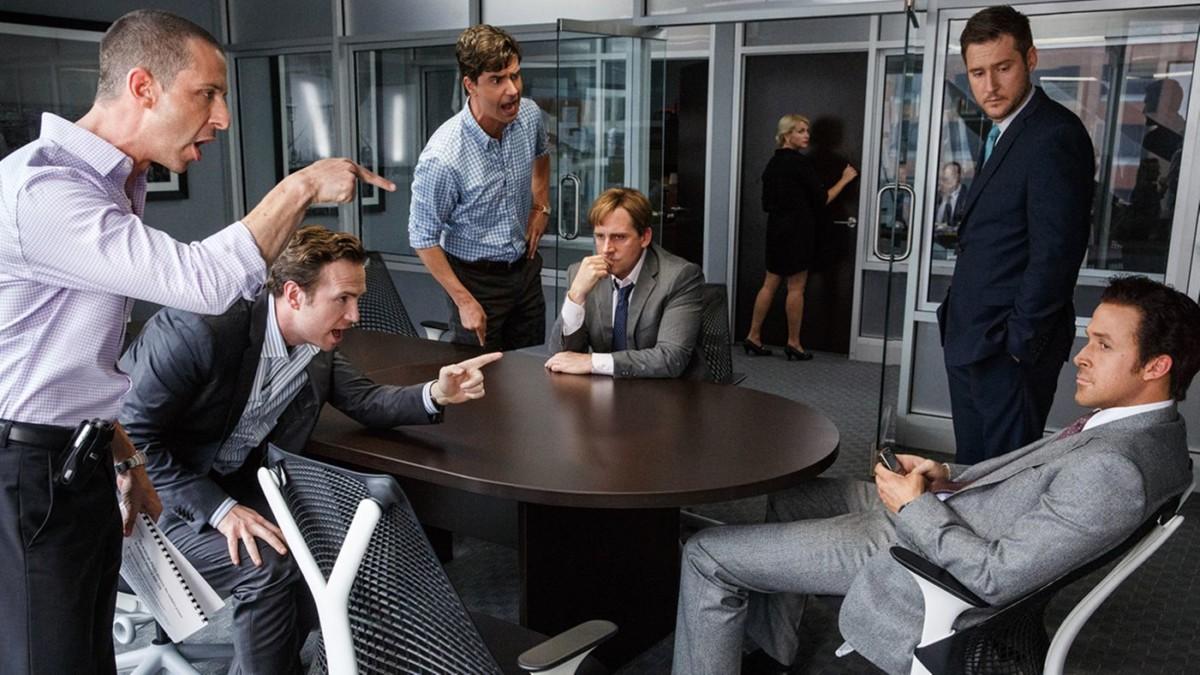 電影「沽注一擲」提及華爾街如何將垃圾次按債券重新包裝,不顧後果放售謀利。 圖片來源:Rolling Stone