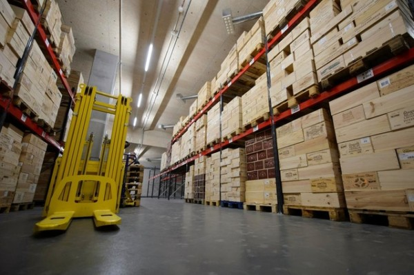 瑞士自由港對藏品保養相當專業,吸引不少收藏家寄存貴重物品。 圖片來源:Keystone