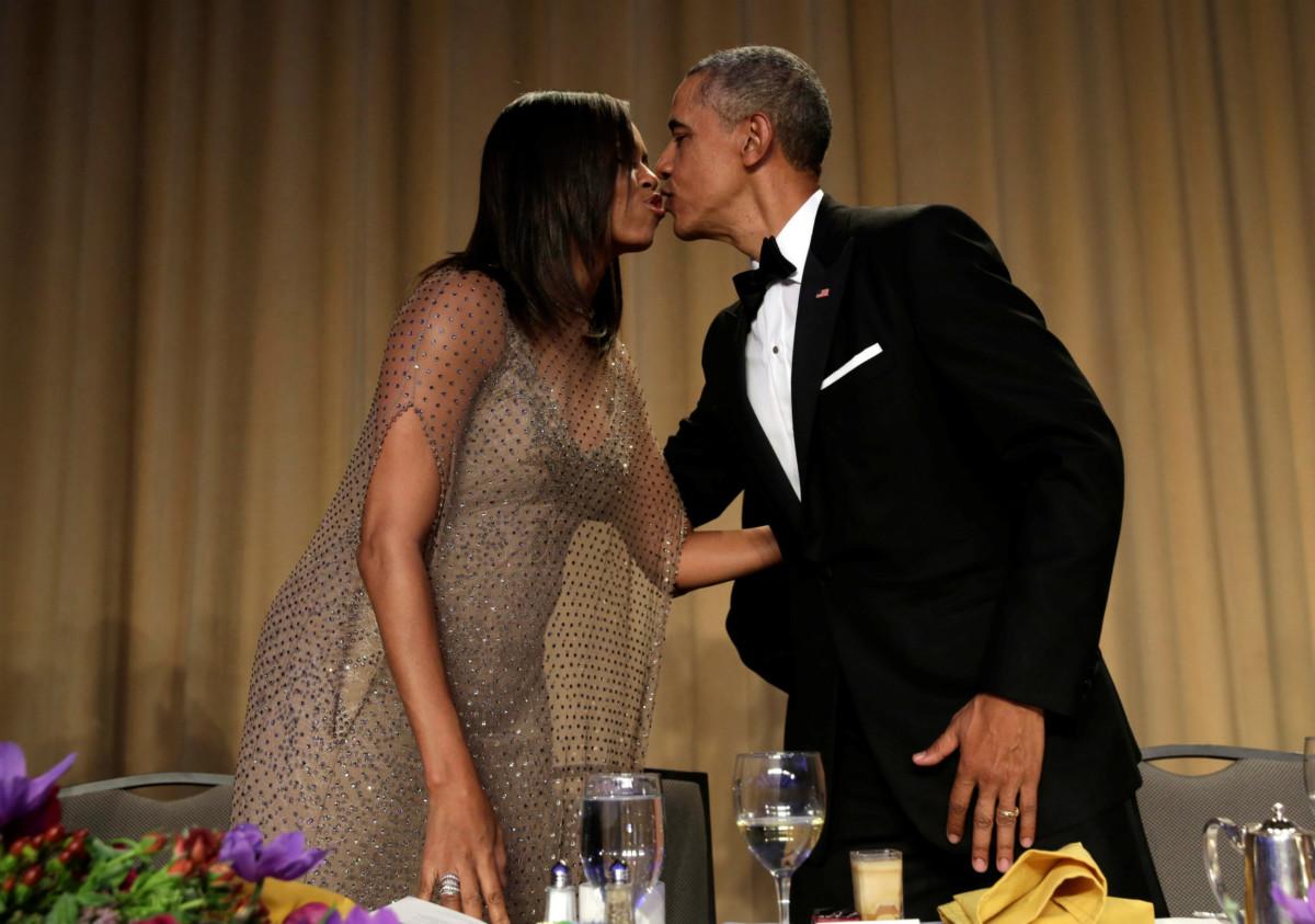 奧巴馬夫婦出席任內最後一屆白宮新聞會。Mic drop。
