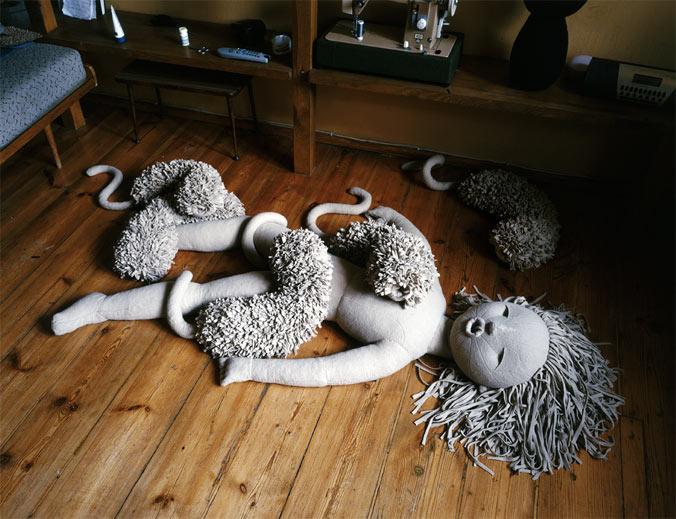Girl with Animals, 2007/圖片來源:Raster Gallery 官方網頁