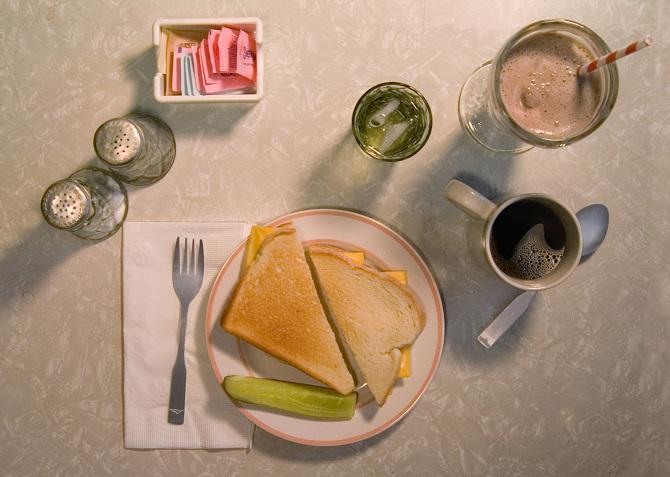 麥田捕手/J. D. Salinger,主角愛吃的瑞士芝士三文治