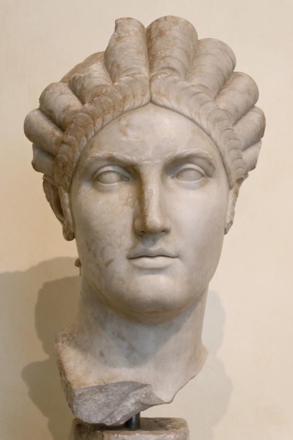 古羅馬婦人的髮型多樣複雜。 圖片來源:wikicommons