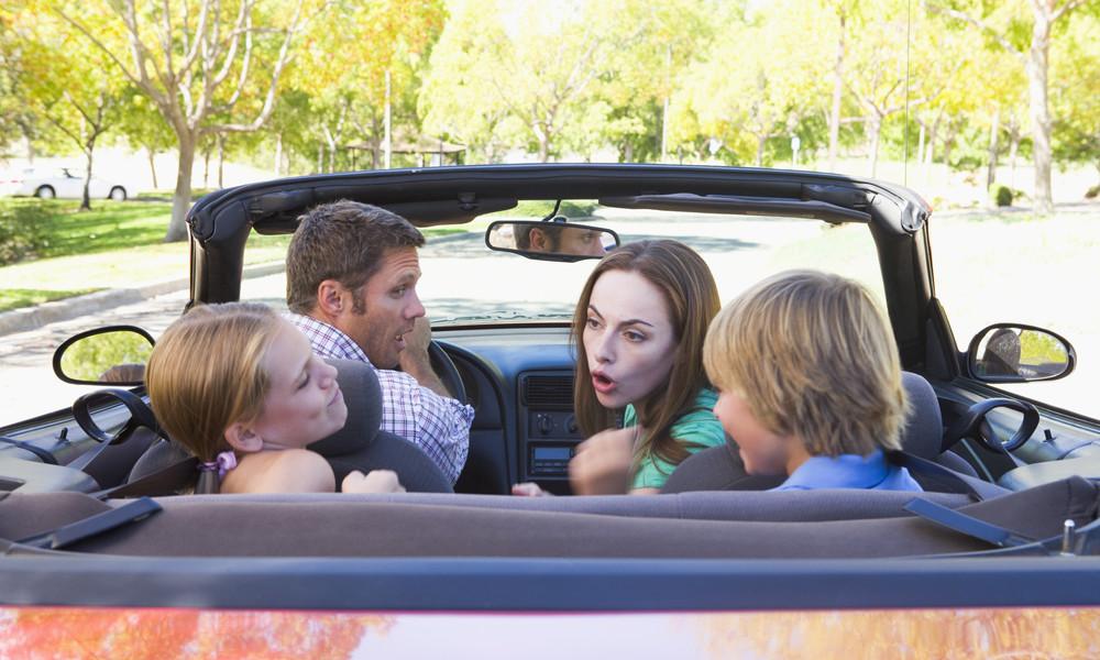 事實上,乘客對司機的影響力,遠比手機高得多。