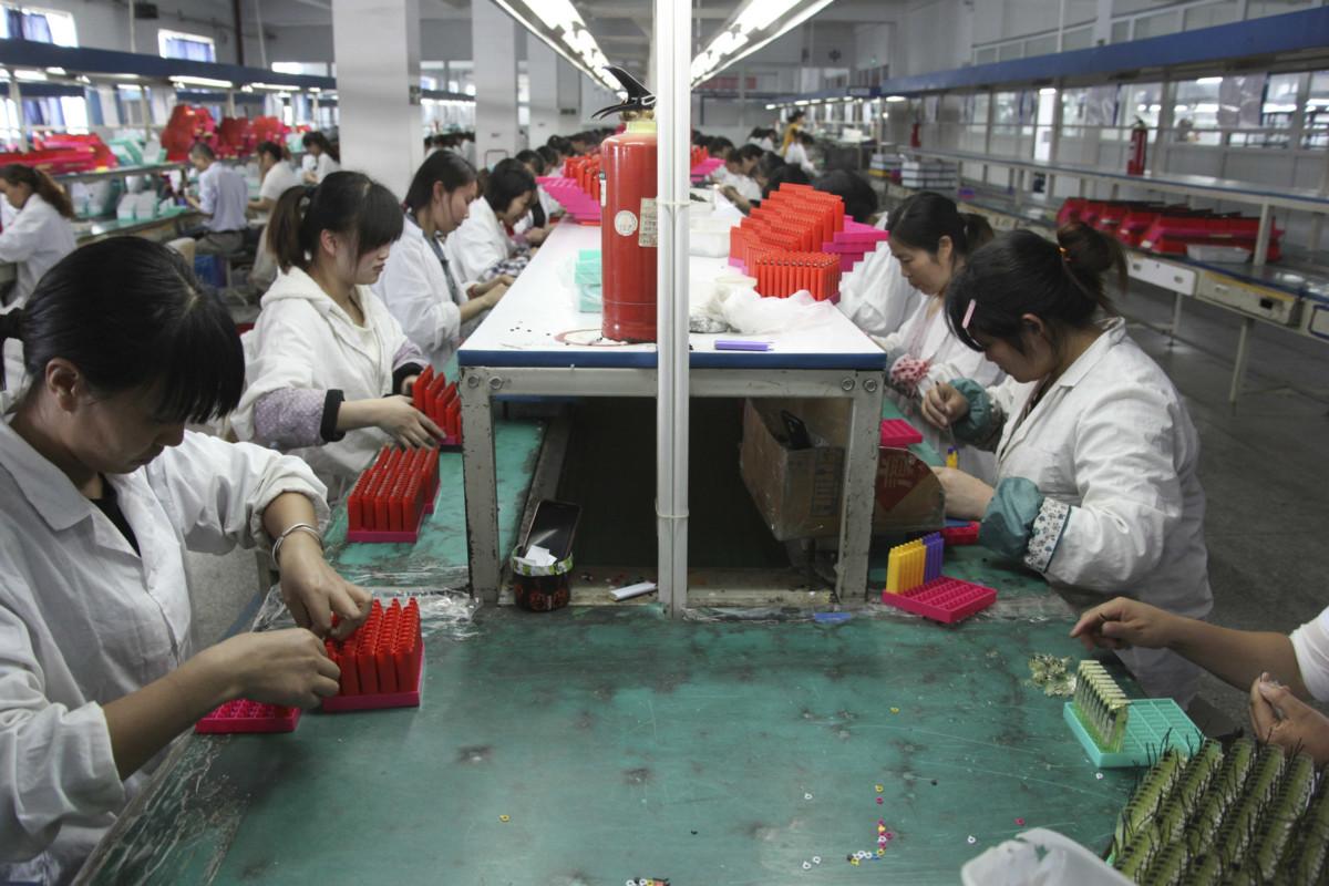 大陸營運成本上漲,令外資企業紛紛「撤支」。 圖片來源:路透社