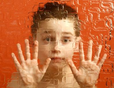 在未來,自閉症或可透過回復免疫系統正常而治癒? 圖片來源:flickr/hepingting
