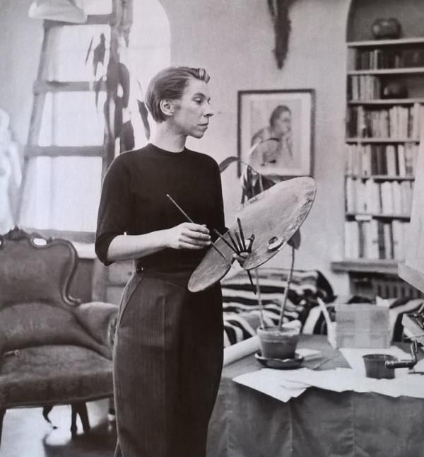 Tove Jansson(朵貝.楊笙)在她的工作室,攝於1944。相片來源:Tove Jansson. Scandinavian Retro Klassiker NR2 No.2 2014. Pp52.