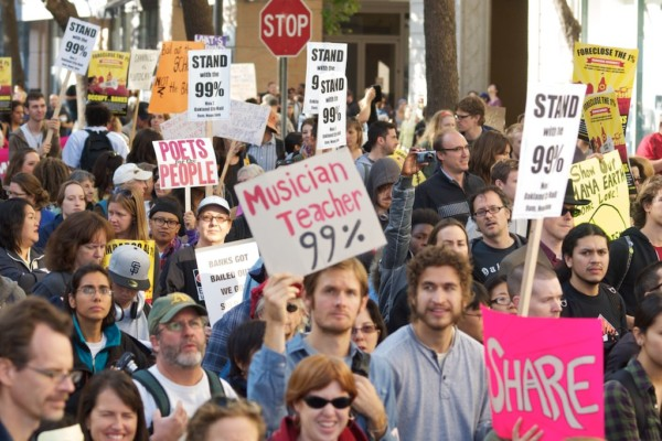 2011 年,美國的「佔領華爾街」運動,以「We are the 99%」作口號。 圖片來源:wikicommons