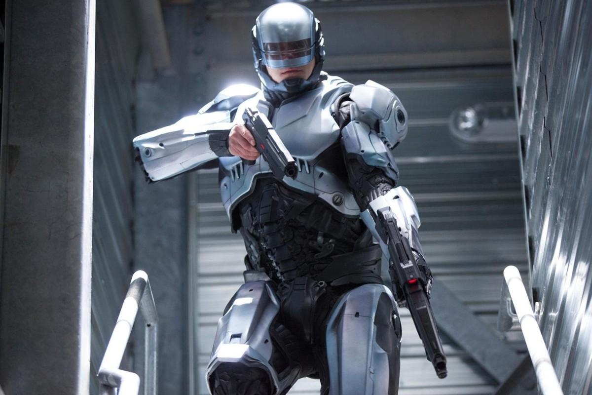 電影「鐵甲威龍」(Robocop)劇照,主角為機器戰警。