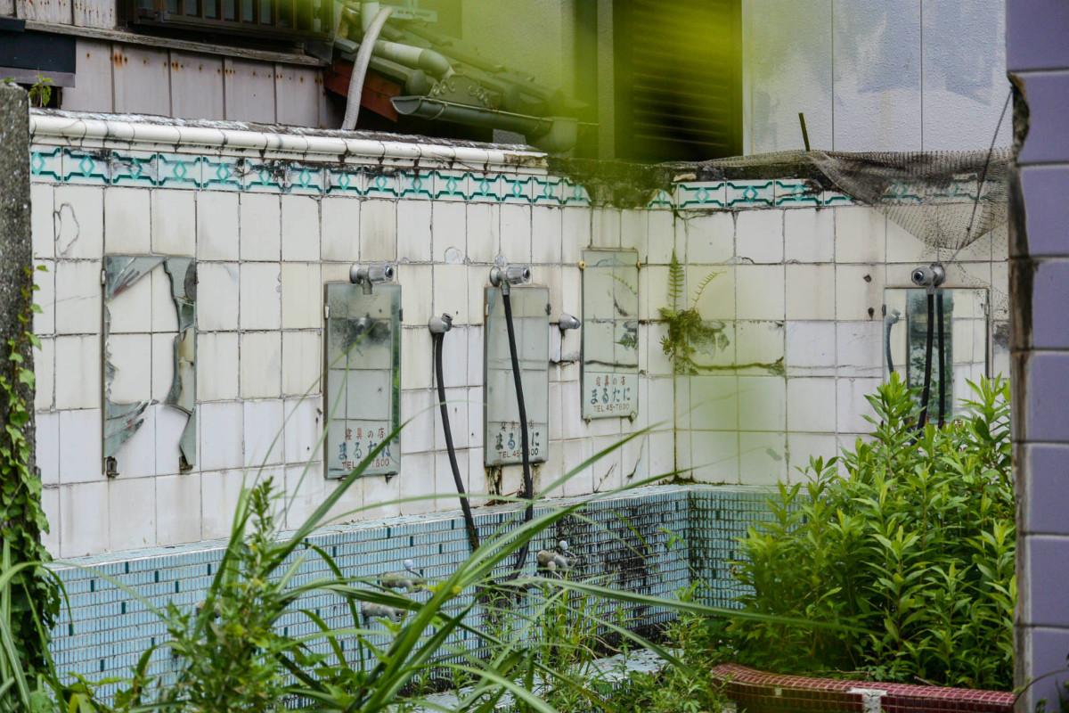 和歌山縣雑賀崎的一個錢湯遺跡。圖片來源:Flickr / m-louis