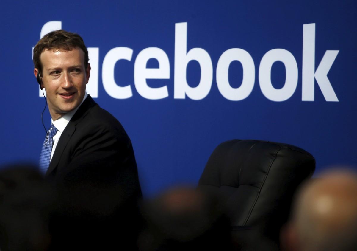 紐約大學傳播學教授 Clay Shirky 相信,Facebook 不大可能認真處理假新聞問題,原因是 Facebook 不需要、沒動機去做。
