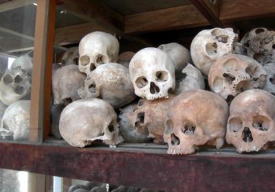 瓊邑克的紅色高棉受害者頭骨。圖片來源:wikipedia