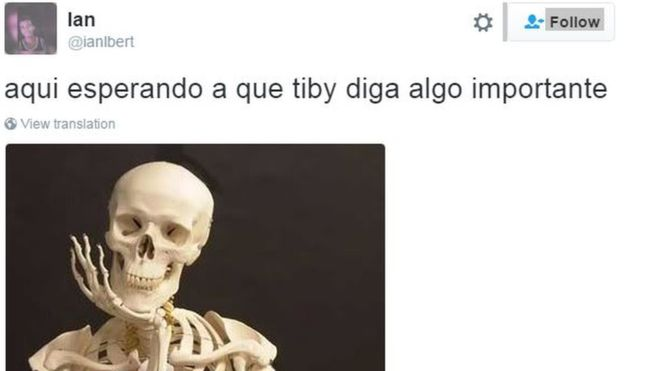 網民於 twitter 表示:「在等待 Tiby (Tibisay Lucena)說重要的事情。」嘲諷等到化成白骨也等不到公投。圖片來源:BBC