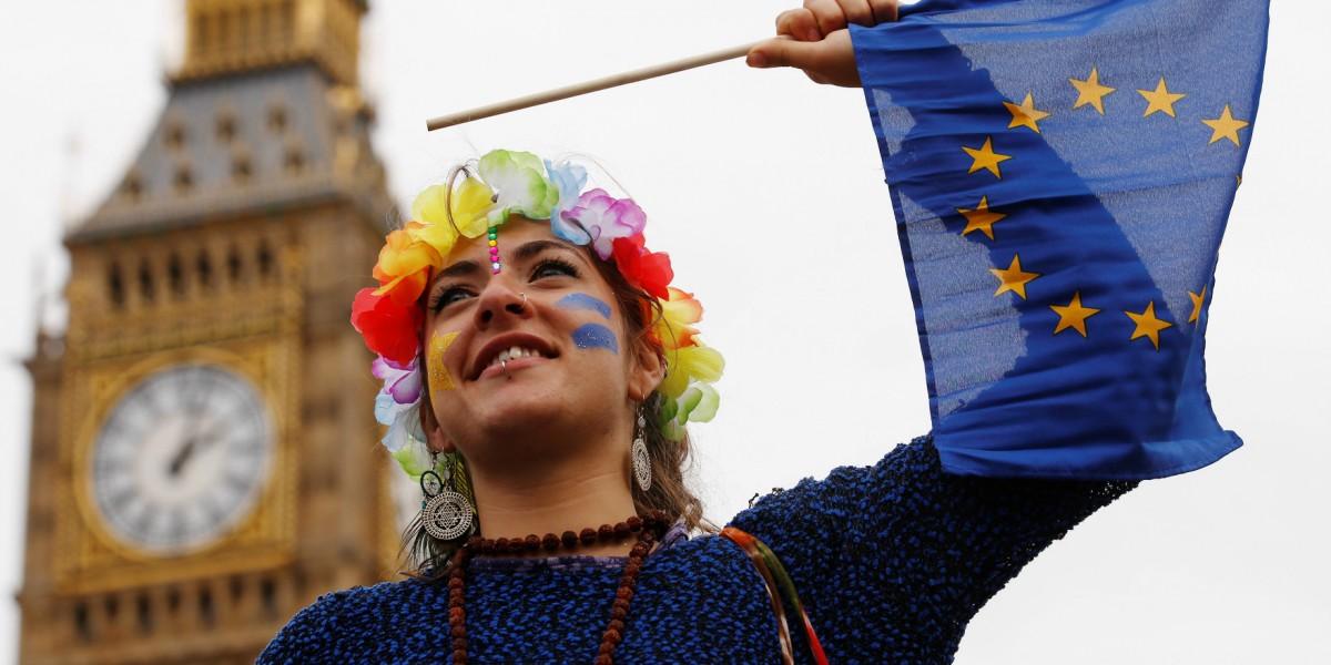 英國脫歐,要歸功/歸咎於投票的老人以及不投票的年輕人。 圖片來源:路透社