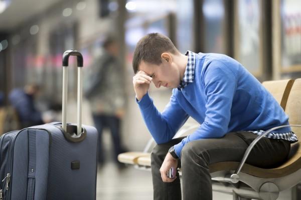 長途機後出現的不適,例如頭痛、食慾不振、疲憊、噁心及失眠,不一定是時差的錯。