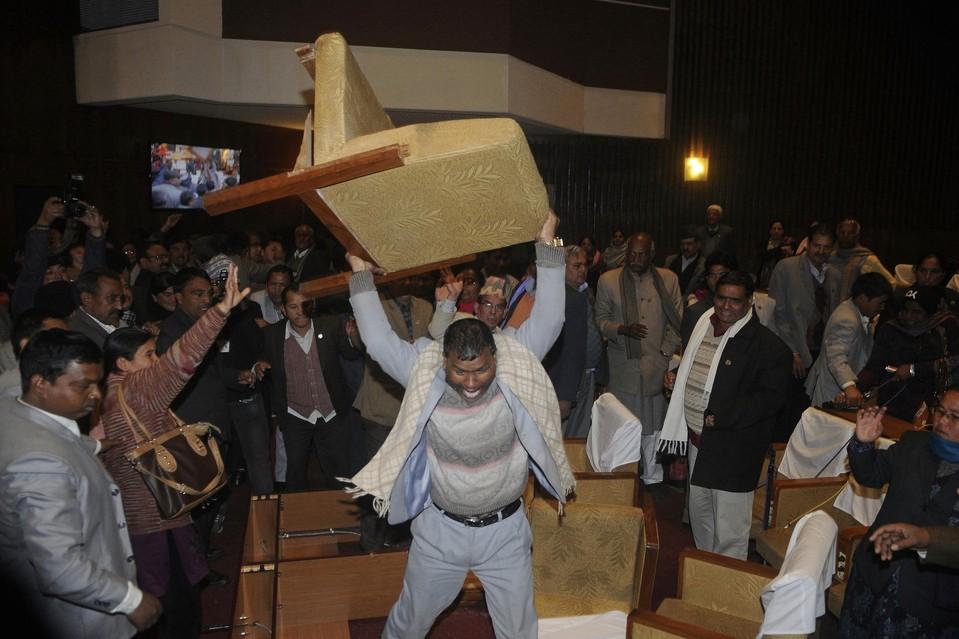 尼泊爾議員暨力王。 圖片來源:路透社