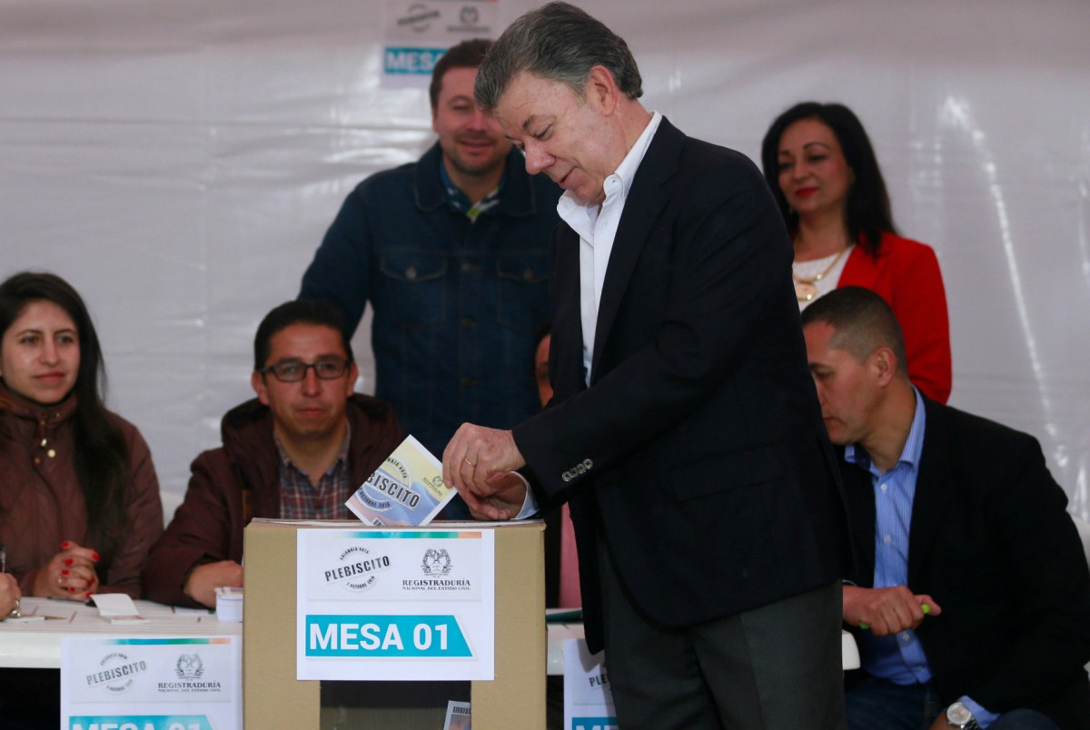哥倫比亞總統桑托斯以結束內戰為任內首務,公投前曾宣稱一旦和約否決,即無替代方案。 圖片來源:路透社