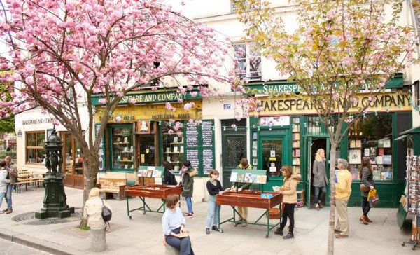 圖片來源:@Shakespeare and Company/Facebook