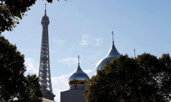 東正教堂金色圓頂被指破壞巴黎的天際線。 圖片來源:路透社