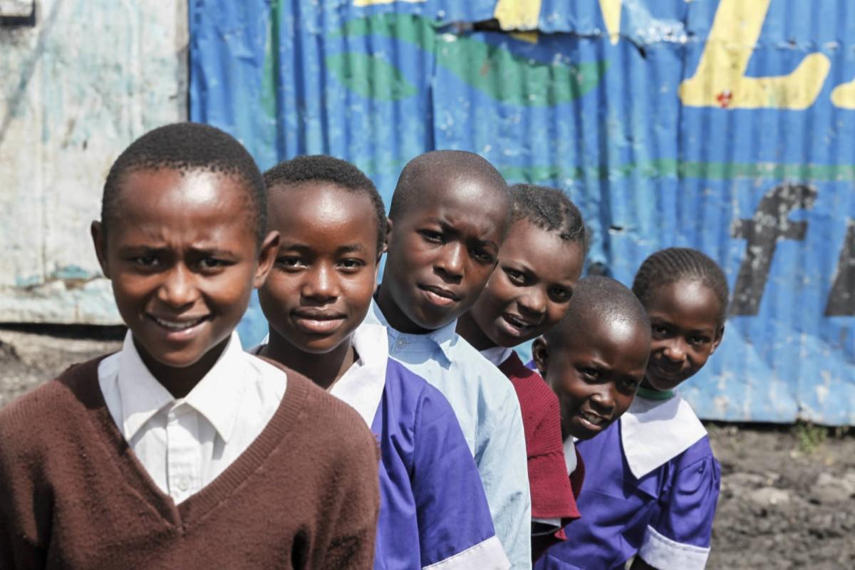 86704lpr-pupils-in-kenya-sam-tarling