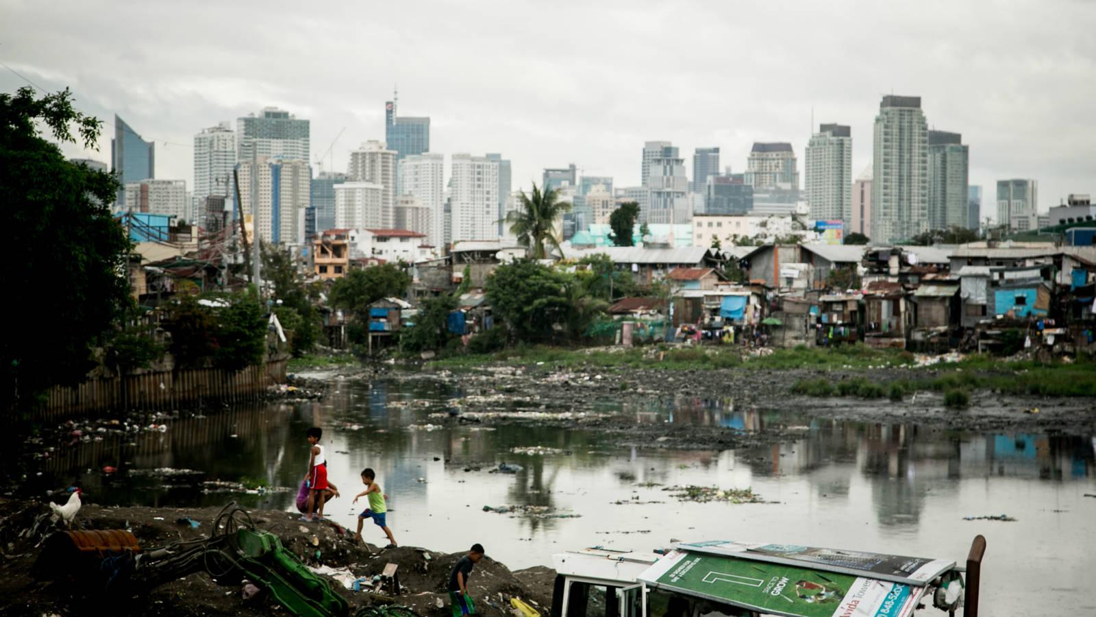 極端不平等正在蠶食滅貧成果。現時全球最富有的 1% 人所擁有的財富,比其餘 99% 人的總財富還要多。 (Dewald Brand, Miran for Oxfam)