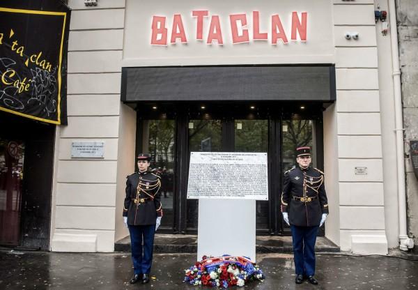 恐襲一年過後,巴塔克蘭音樂廳重開。 圖片來源:路透社