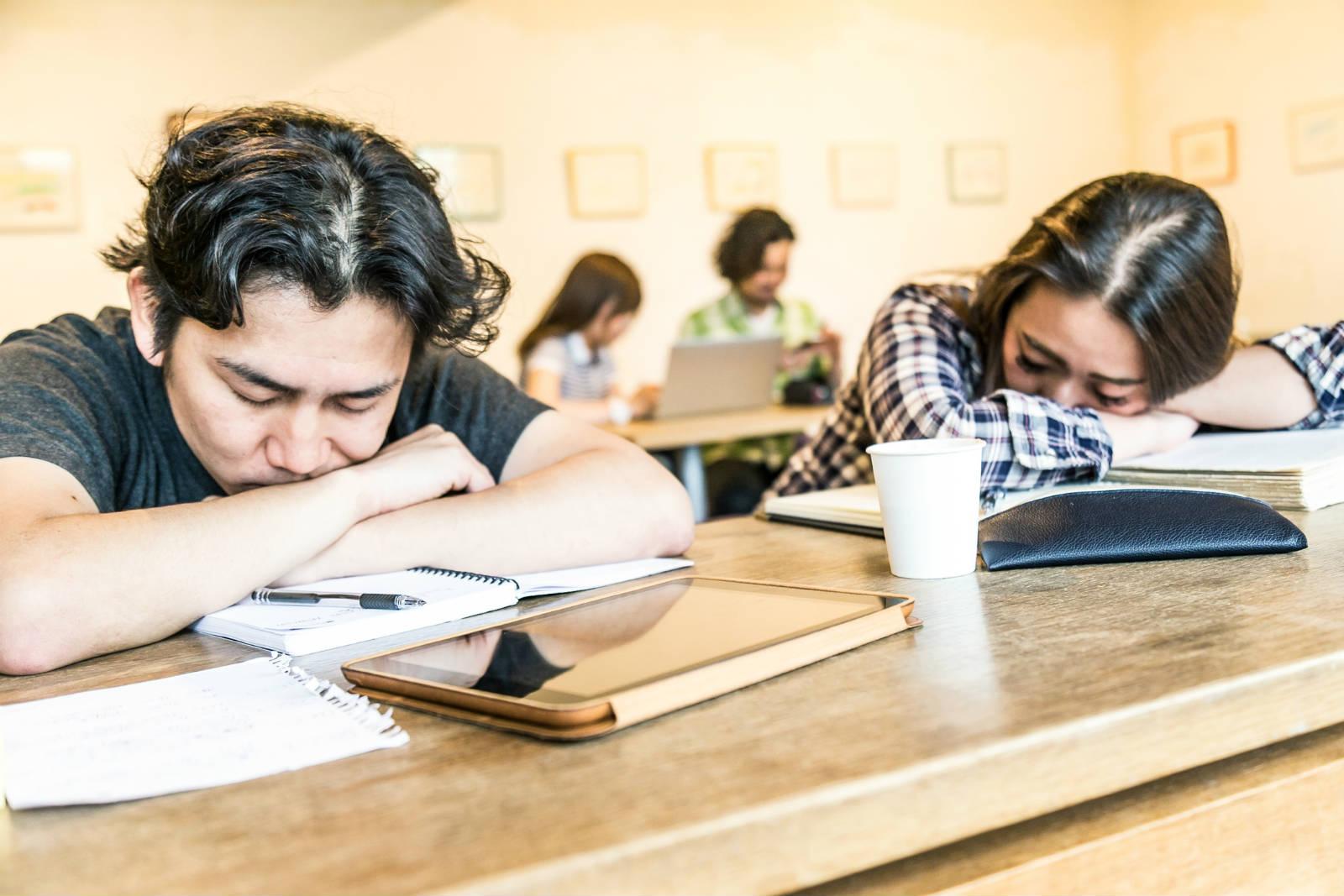 去小睡片刻,還是爭取時間學習效果更好?