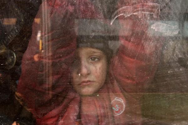 近日政府軍重奪阿勒頗,反抗軍與其達成疏散協議,撤離當地平民及武裝分子。 圖片來源:路透社