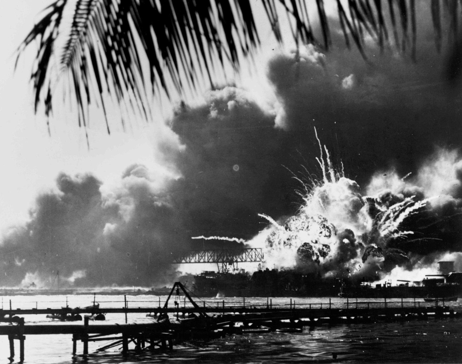 1941 年 12 月 7 日,日本偷襲珍珠港,二戰進程從此改寫。 圖片來源:路透社