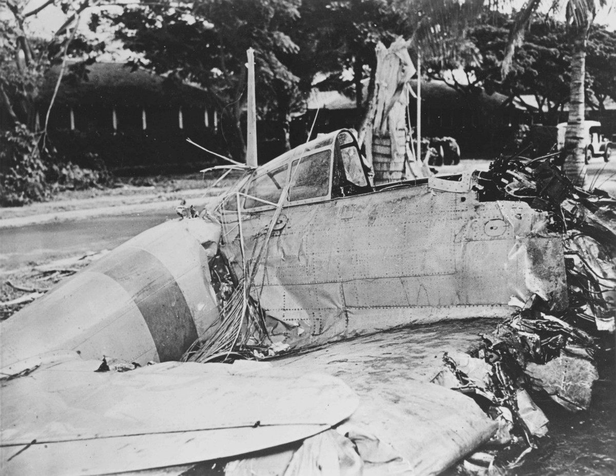 珍珠港上,日軍零式戰機殘骸。 圖片來源:路透社