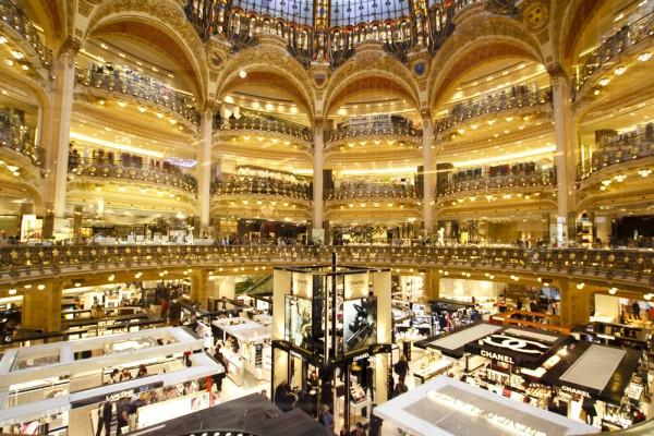 法國已有百貨公司採用科技偵測人流、逗留時間及消費動向等資訊。