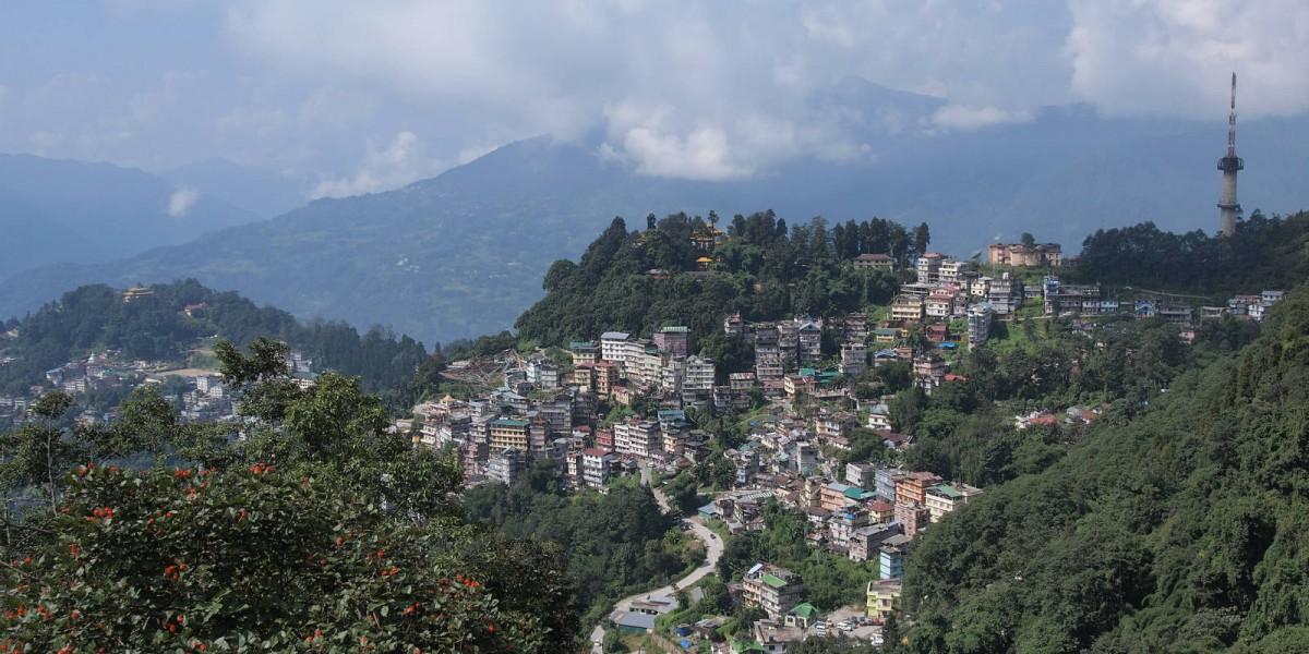 前往印度藏區錫金,如在昆明轉機,必須帶回鄉證。