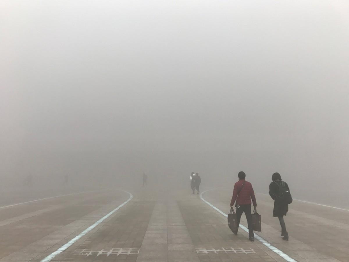 空氣污染下,人類文明前途茫茫。 圖片來源:路透社
